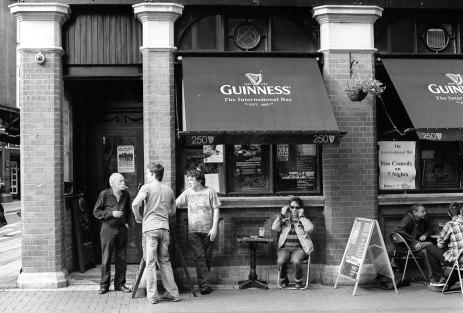 Pub scene, Dublin, August 2010